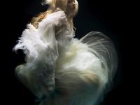 28-underwater-shooting.-photographer-zena