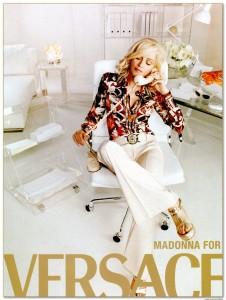 versace_ad_02_big-on-wanken-shelby-white