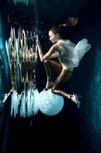 _Underwater MATJAZ TANCIC FASHION EDITORIAL (4 of 7)